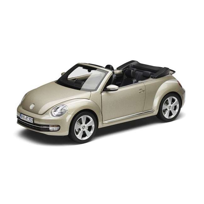 Diecast Car 1/18: Street Cars - VW Beetle Convertible 2012 Photo