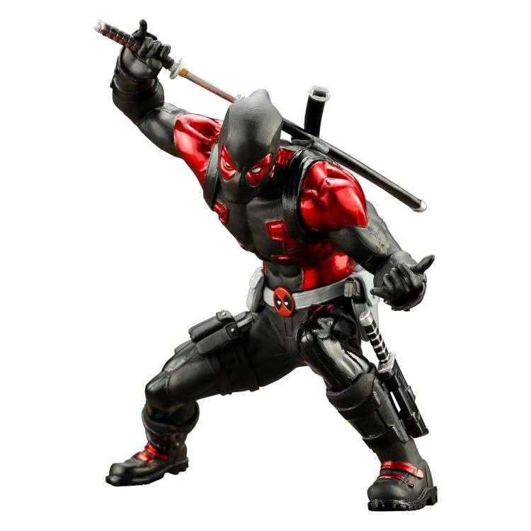 ArtFX+ Statue: Deadpool - Deadpool Black Suit (Global Holdings Exclusive) Photo