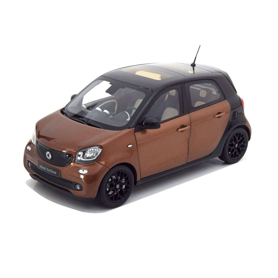 Diecast Car 1/18: Street Cars - Smart Forfour Coupe (W453), 2014 Photo